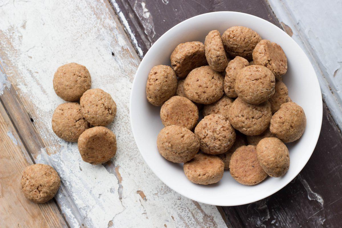 gezonde-pepernoten-recept-bakken-femfem