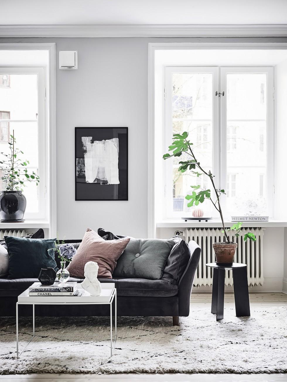 10x de mooiste velvet banken op een rijtje fem fem for Living rooms with dark couches