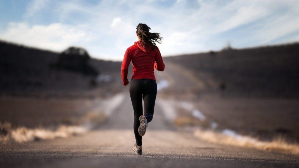 jogging-femfem-buiten-sporten