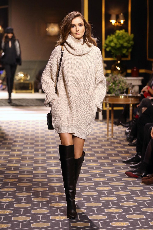Super Dit zijn de tofste manieren om je overknees te dragen | FEM FEM &EV15