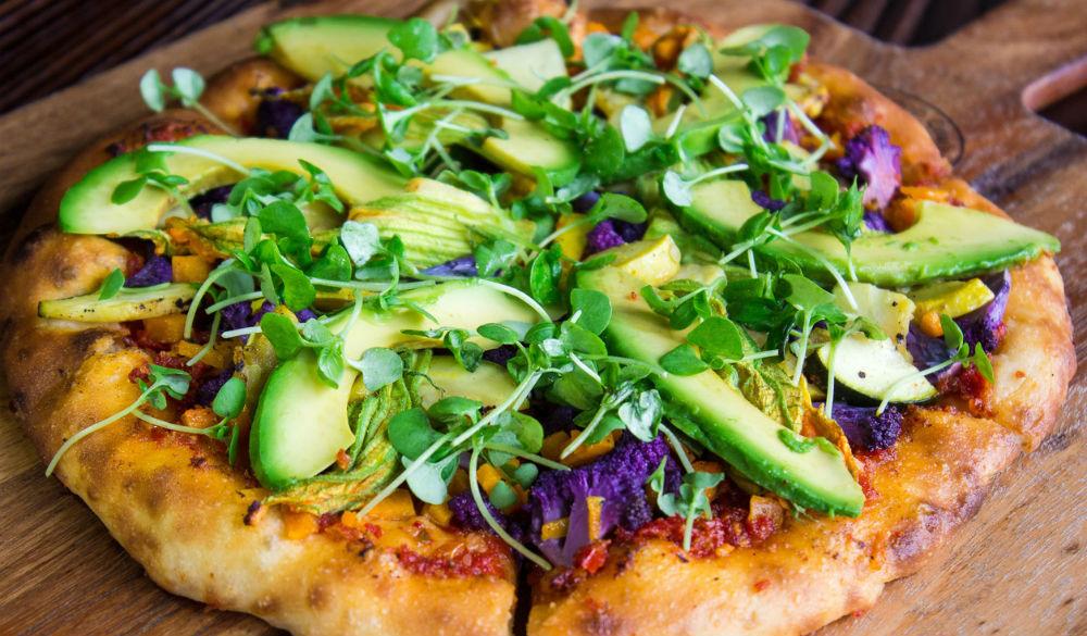 avocado-pizza-femfem