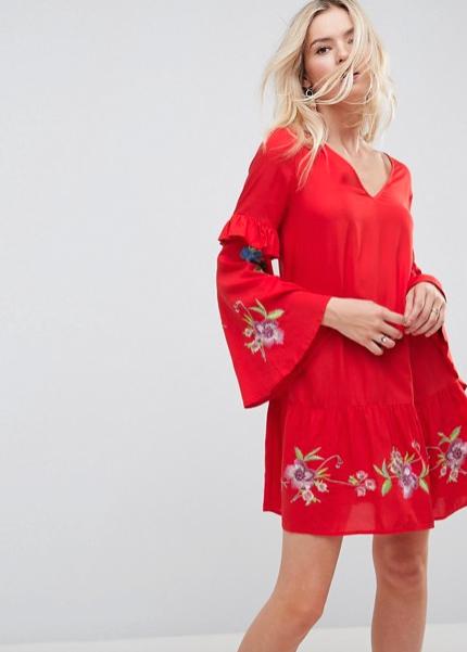 Oranje Rode Jurk.4 Prachtige Kleuren Om Te Dragen Bij Blond Haar Fem Fem