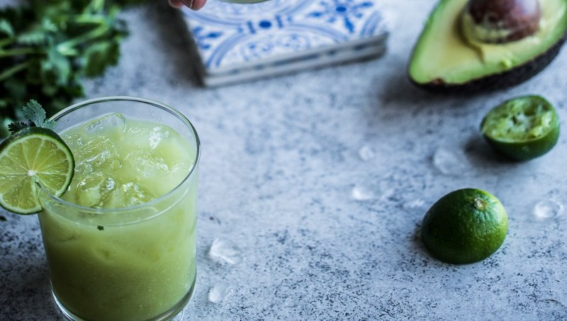 avocado-lime-margarita-FEMFEM