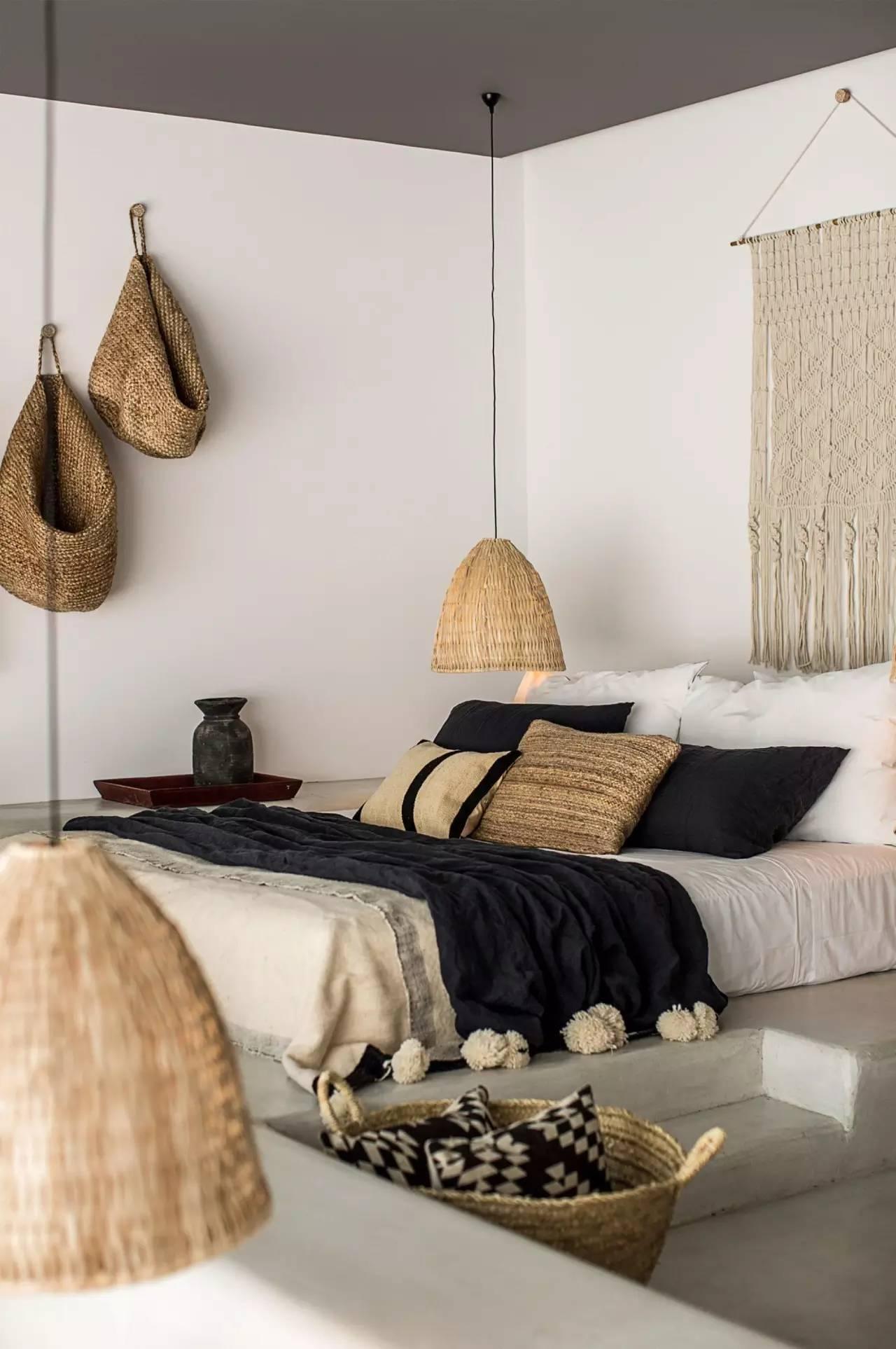 https://fem-fem.nl/app/uploads/2017/08/ibiza-huis-minimalistisch-riet-femfem.jpeg