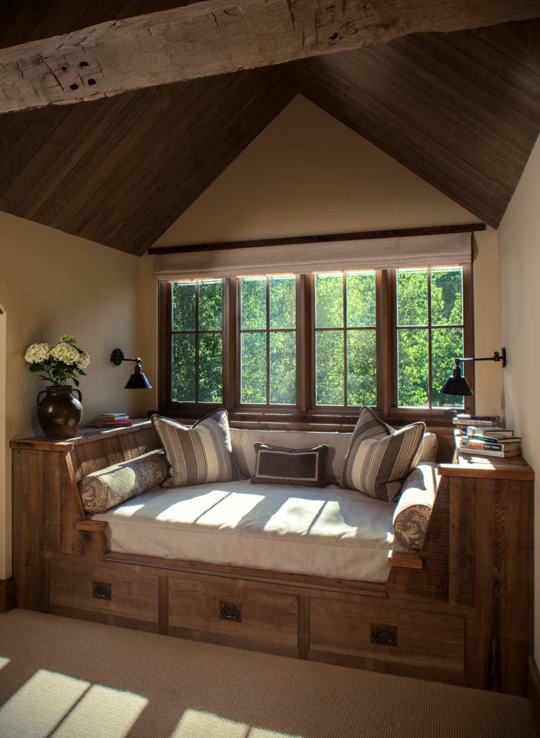 of je kiest ervoor om zelf met stukken hout iets moois te creren wees creatief en laat je inspireren door deze prachtige houten interieurs
