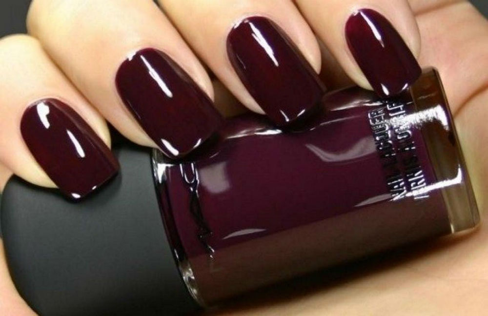 Tawny Port nails femfem