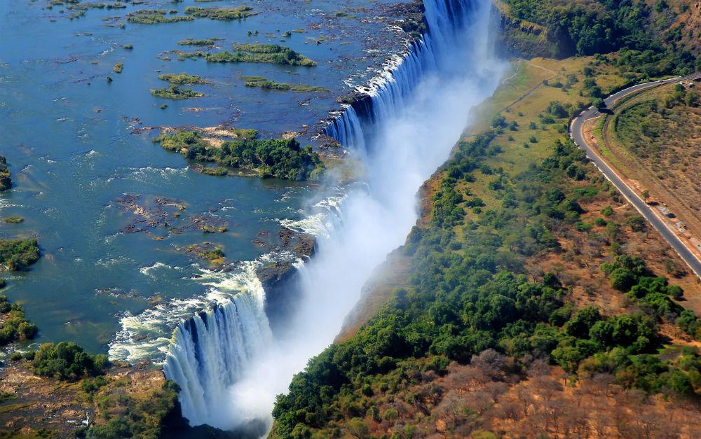 devils-pool-victoria-watervallen-femfem