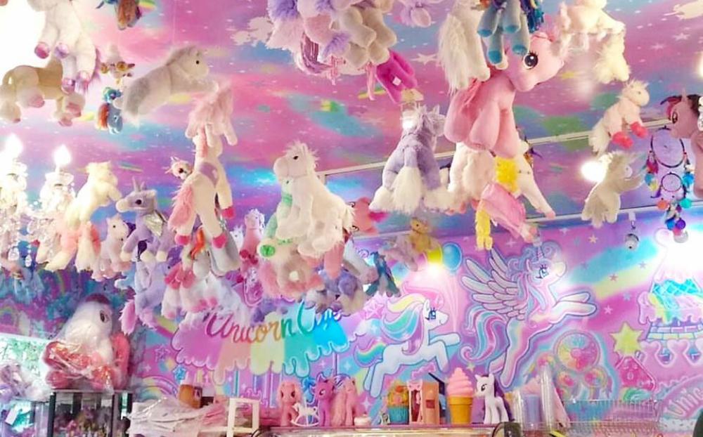 unicorn cafe femfem