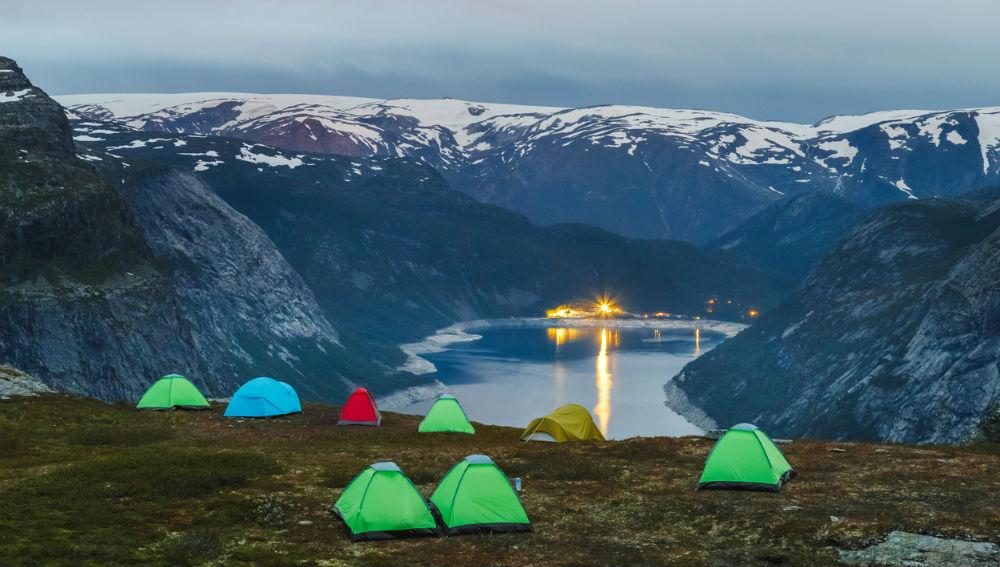 Trolltunga noorwegen femfem 1