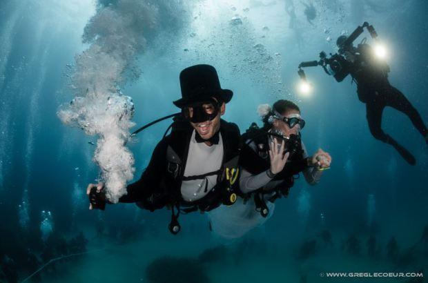 onderwater trouwen 2 femfem
