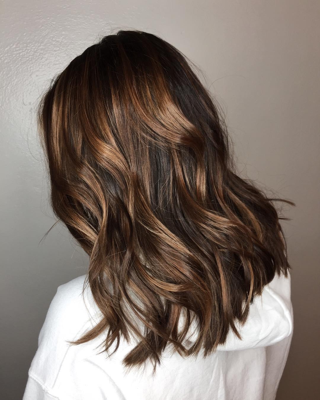 De Mooiste Bruine Haartrends Voor Dit Seizoen Fem Fem