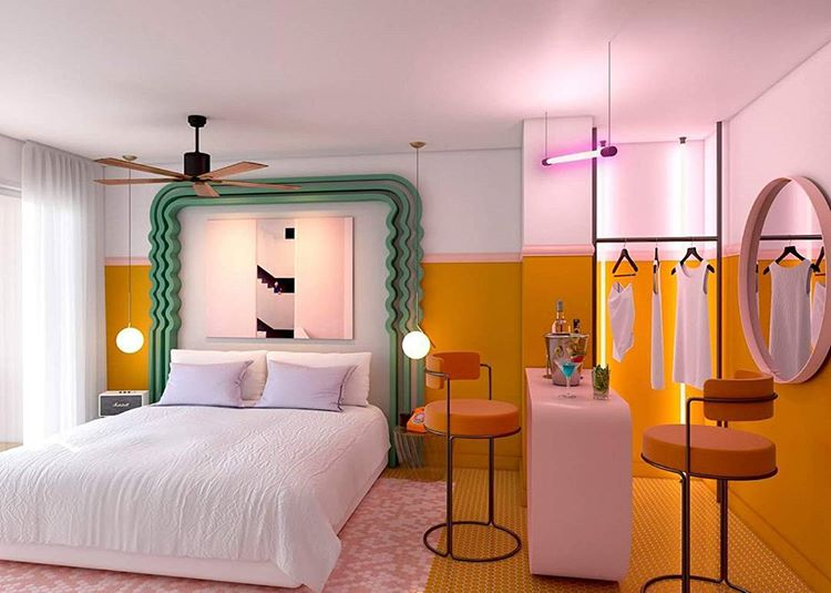 Dit volledig roze hotel in Ibiza is jouw absolute droomplek | FEM FEM