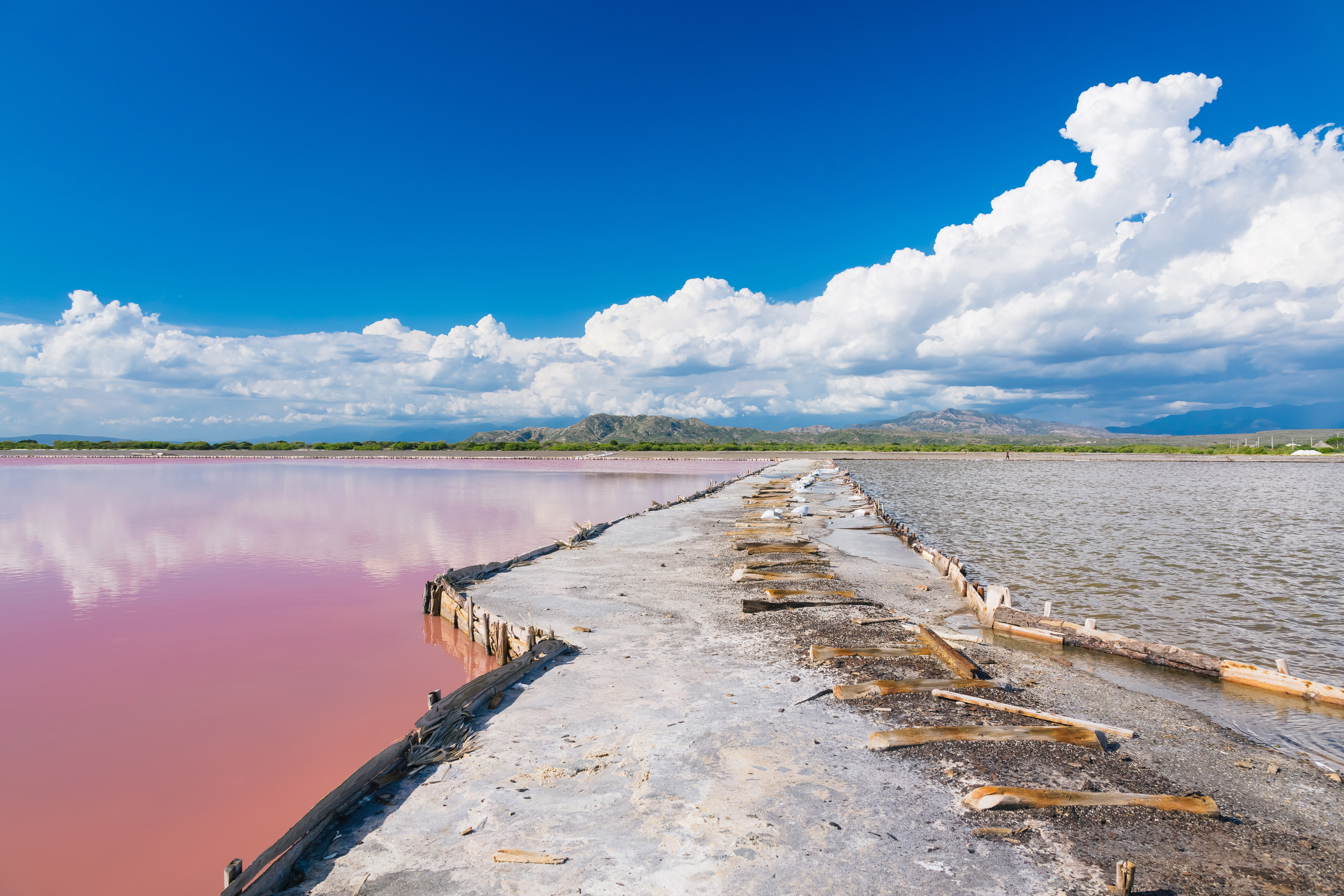 Gateway between the lakes in The salt production