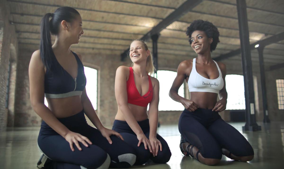 yoga-fem-fem