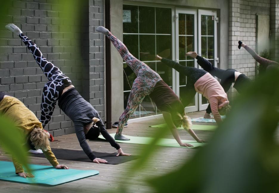 Yoga Fem Fem