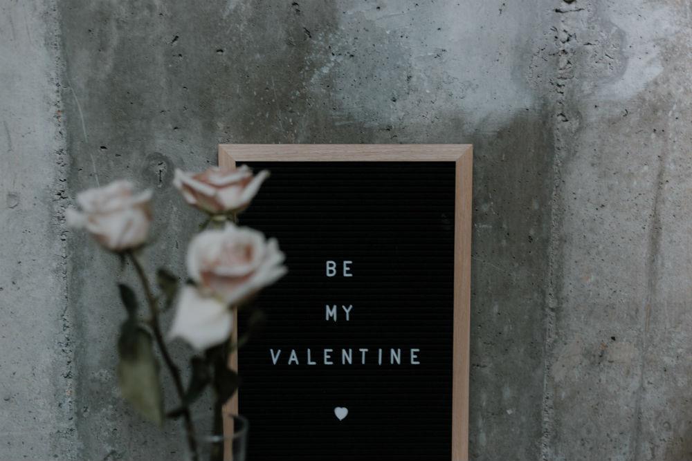 teleurgesteld Valentijnsdag FEM FEM