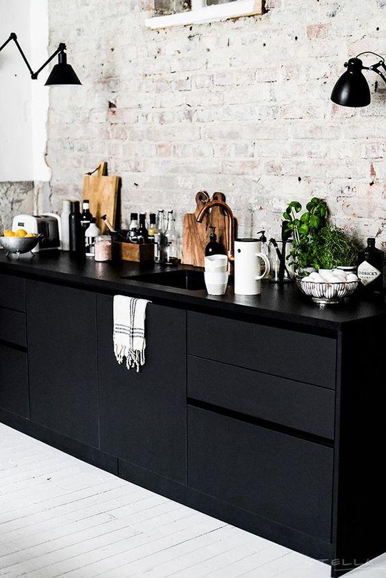 Ruw En Verfijnd De Zwarte Keuken Trend Fem Fem
