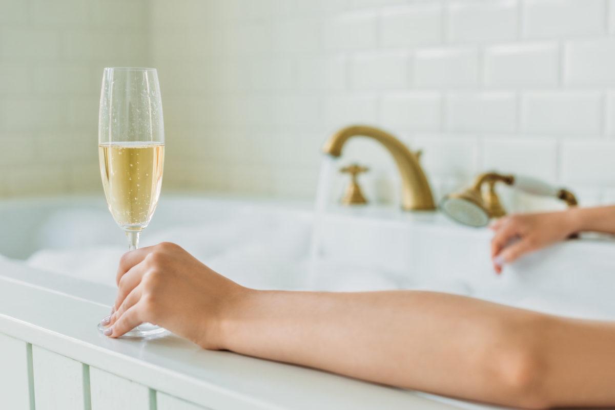 champagne lang leven FEM FEM