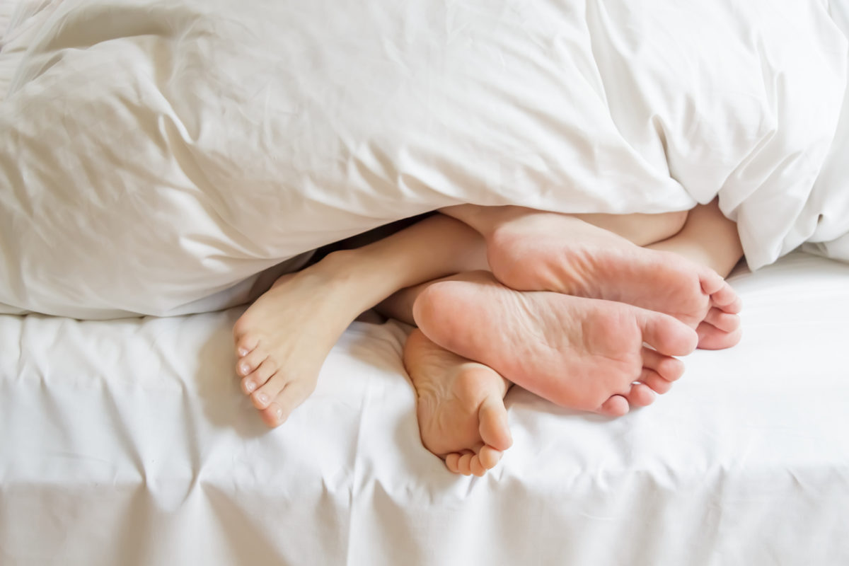 grote voeten grote penis FEM FEM
