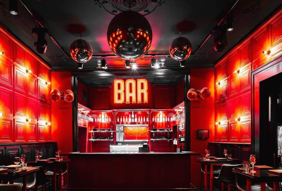 hotspot Bar Rouge