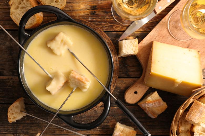 5x de lekkerste kaasfondues om zelf te maken FEM FEM