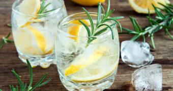 Met hooikoorts het terras op? Kies voor een gin-tonic!