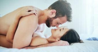 Deze seks standjes helpen jouw stress te verminderen