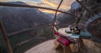Voor de echte durfals: overnachten in hangende, glazen cabines
