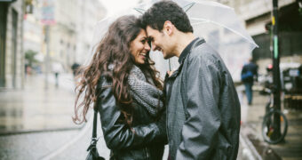 Ook in een langdurige relatie is het belangrijk dat je moeite voor elkaar blijft doen