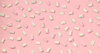 Er zijn nu marshmallows met Gin, Prosecco en Martini smaak mét alcohol