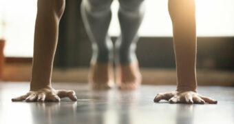Met deze oefeningen til jij je planking skills naar een hoger niveau