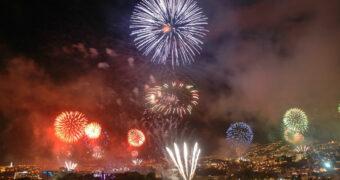 Knallend het nieuwe jaar in vanaf deze bestemmingen in Europa