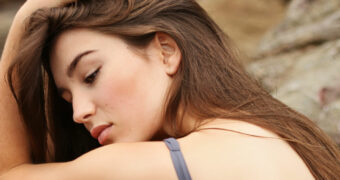 Hoe je als hooggevoelig persoon om moet gaan met tegenslagen en emoties