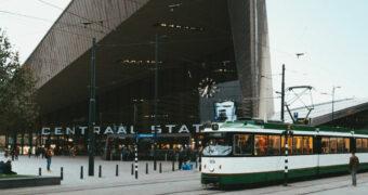RotterTram: een culinaire reis in een authentiek rijdende tram