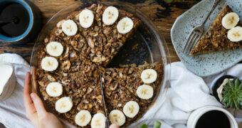 Lekker begin: havermouttaart met banaan en noten