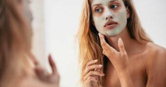 Geef je huid een oppepper met dit natuurlijke avocado gezichtsmasker