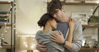 Deze nieuwe Netflix Original met Michiel Huisman is een echte tranentrekker