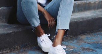 Stijltips: zo combineer je de mooiste sneakers van dit moment