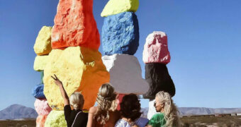 The Seven Magic mountains: een bijzonder kunstproject in the middle of nowhere
