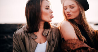 Waarom het zo leuk was (en is) om een oudere zus te hebben