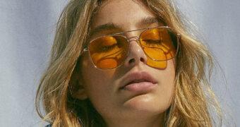De onverwachte zonnebril trend voor de zomer