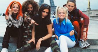 Het hoge woord is eruit: de Spice Girls zijn BACK