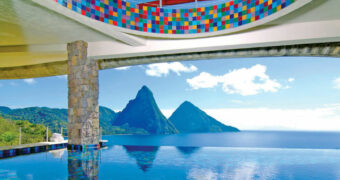 De 10 mooiste zwembaden met adembenemend uitzicht