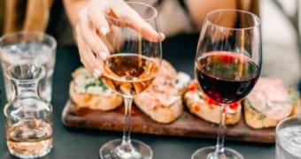 Wit, rood of rosé: de wijn waar je de ergste kater van krijgt