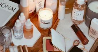 De beautyproducten die je beter in je koelkast kan bewaren als het warm is