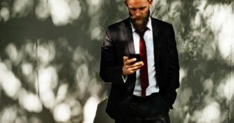 Alle ergernissen van mannen en hun Whatsapp-gedrag