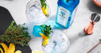 Droombaan in de aanbieding: de wereld rondreizen en gin drinken