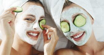 7 etenswaren die je kunt gebruiken voor een masker