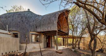 Voor 16 euro(!!!) kun jij tussen de diertjes in het Krugerpark verblijven
