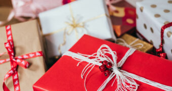 De fijnste kerstcadeaus voor kersverse ouders
